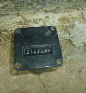 Счетчик-моточасовой СВН-2-02