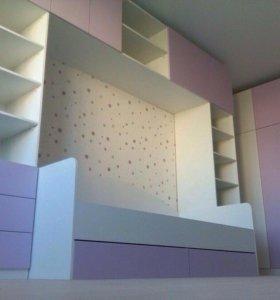 Укомплектованная детская комната для девочек