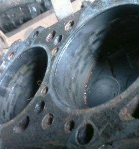 блок двигателя с поршевой 4м40