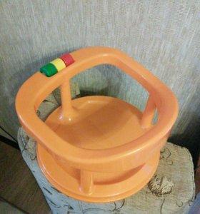 Комплект для купания (стульчик, круг и ванночка)