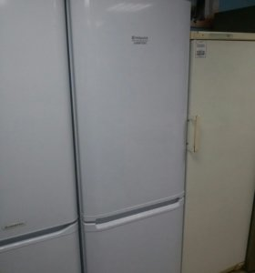 Холодильник Ariston RMBA1185.LV.O