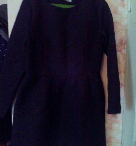 Платье с выбитыми цветами