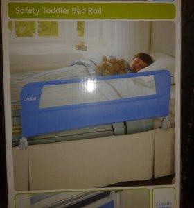 Защитный бортик для кроватки Lindam