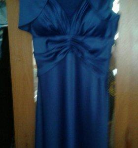 Платье, 42 размер, ни разу не одето