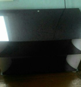 Стеклянная тумба для телевизора