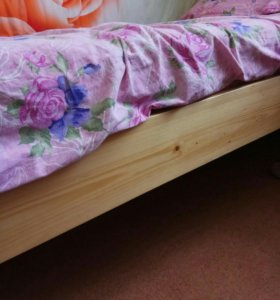 Кровать деревянная. Б.у.