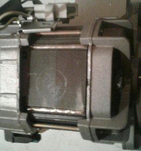 Продам двигатель от стиральной машинки Беко