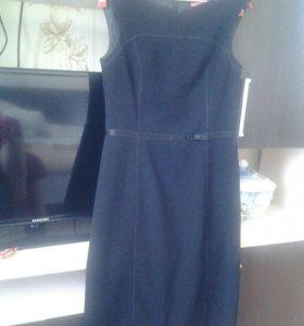 Чёрное платье Apriori