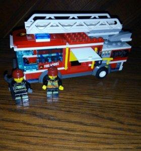 Лего несколько наборов и россыпь