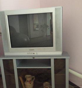 Телевизор,тумба в подарок