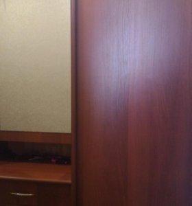 Прихожая, шкаф
