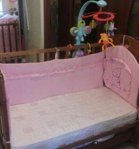 Детская кроватка + молиль+ бортики
