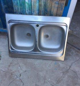 Мойка для кухни двойная