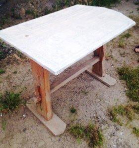Деревянные столы по