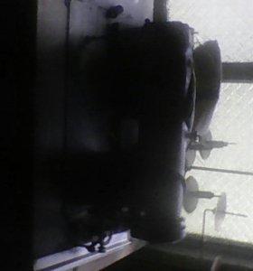 Прмышленная швейная машинка( с оверлогом)