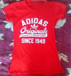 Женская футболка новая