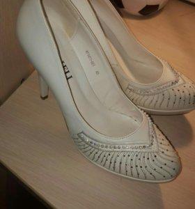 Свадебные туфли 38.5