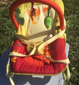 шезлонг-качели для деток