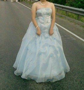 Выпуск.платье