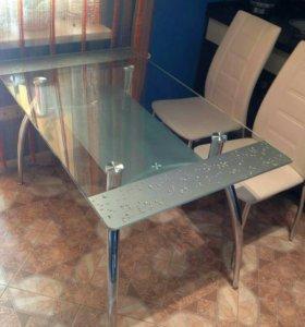 Стол кухонный стеклянный