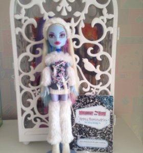 Monster High Эбби полный комплект