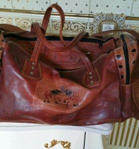 Большая дорожная кожаная сумка
