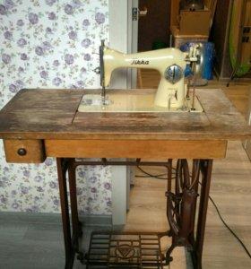 Швейная машина Tikkakoski