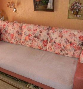 Подушки декоративные на диван.