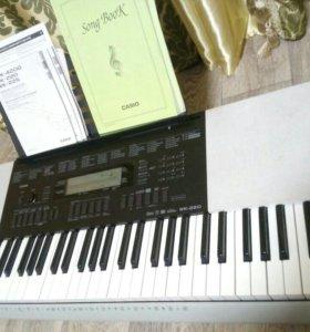 Продам синтезатор Casio