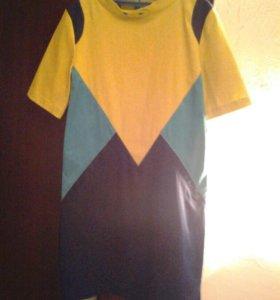 Платье(надевали 1 раз,идеальное состояние)