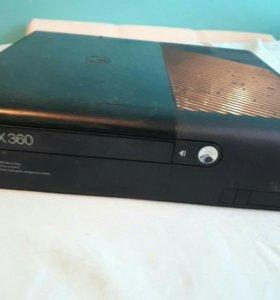 Xbox360 E 250gb