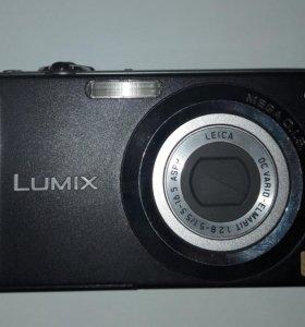 Продаётся фотоаппарат цифровой Lumix
