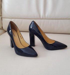 Туфли кожаные Vitacci