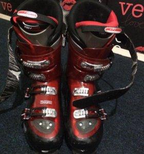 Горнолыжные ботинки (лыж) 44 размер. Atomic b120