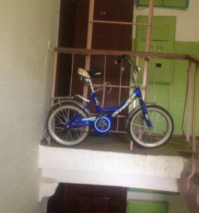 Велосипед с шести-девяти лет