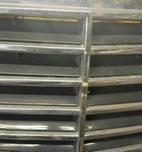 Решотка радиатора Мерседес w 220