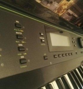 Синтезатор Kurzweil K 2000