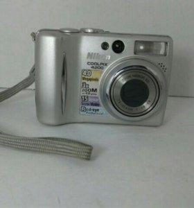 Фотоаппарат Nicon coolpix 4200