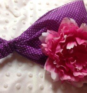 Косынка фиолетовая с пионом новая для девочки
