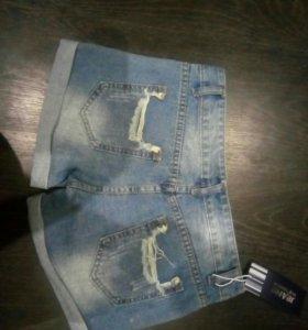 Шорты новые джинсовые