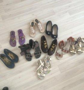 Обувь на девочку пакетом 34-36 размер