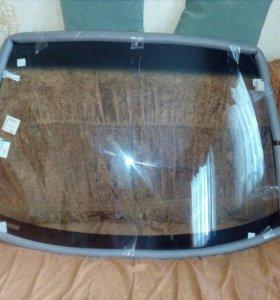 Лобовое стекло на машину
