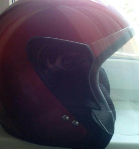 Шлем для езды на скутере