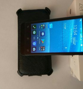 Смартфон Asus Zenfone 4 (A400CG)