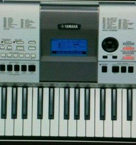 Синтезатор psr-E 413