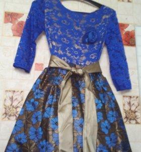 Продам синее новое платье на выпускной