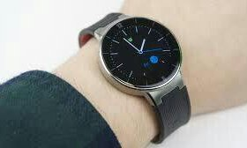 Смарт часы Alcatel