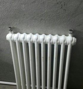 Б.У Радиатор отопления. 10 секций