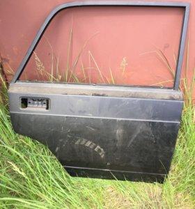 Дверь на ВАЗ 2105