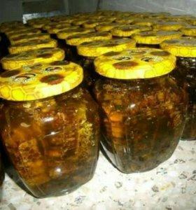 Соты в меду
